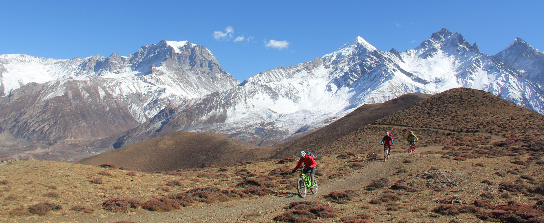 mountain biking himalayas